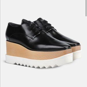 SM flatforms size 6! Vegan leather